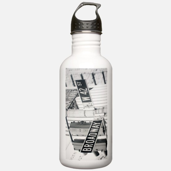 New York - Broadway Ti Water Bottle