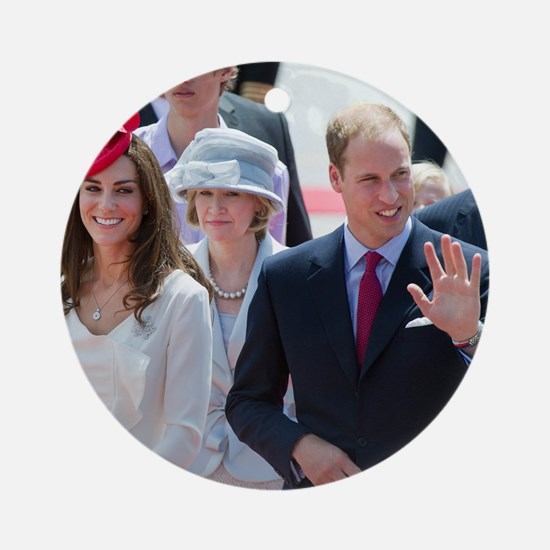 Will and Kate Round Ornament