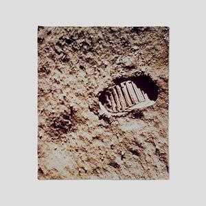 Apollo 11 footprint on Lunar soil Throw Blanket