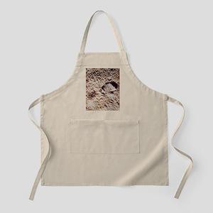 Apollo 11 footprint on Lunar soil Apron