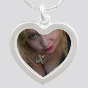 I love Maddie Monroe Items  Silver Heart Necklace