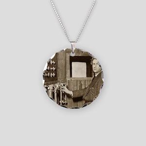 John Logie Baird, Scottish e Necklace Circle Charm