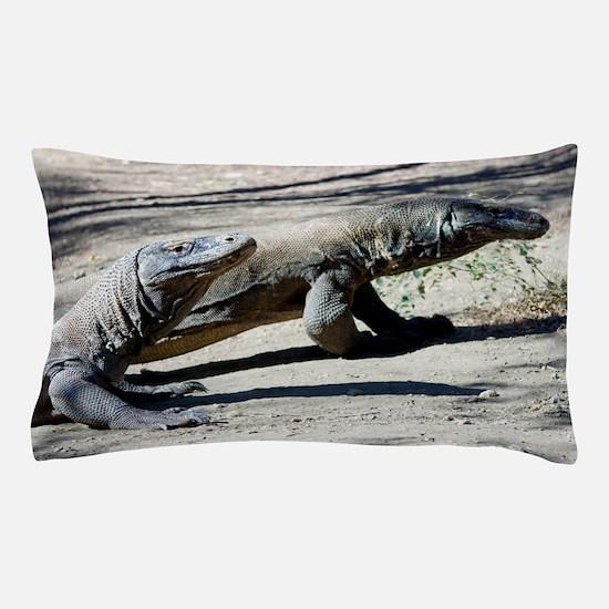 Komodo dragons Pillow Case
