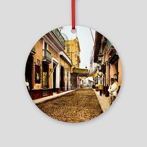 Calle de Habana Round Ornament