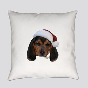 Santa Beagle Puppy Everyday Pillow