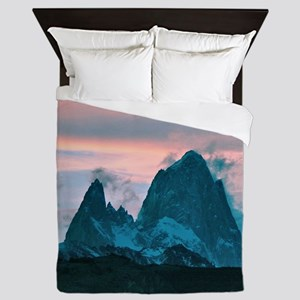 Mount Fitz Roy, Patagonia, Argentina a Queen Duvet