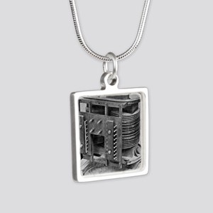 Testing an electrical tran Silver Square Necklace