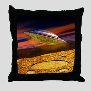 UFO and crop circles Throw Pillow