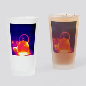 Making tea, thermogram Drinking Glass