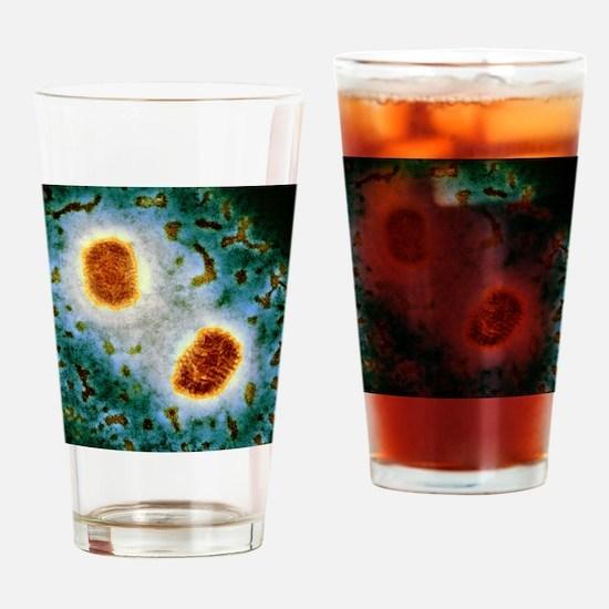 Molluscum contagiosum virus, TEM Drinking Glass