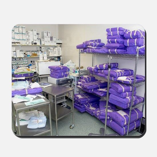 Operating theatre supplies store Mousepad