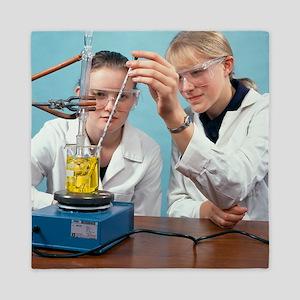 Organic chemistry experiment Queen Duvet