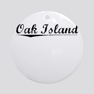 Oak Island, Vintage Round Ornament
