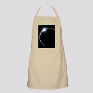 Diamond ring effect during solar eclipse Apron
