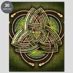 Green Celtic Triquetra Puzzle
