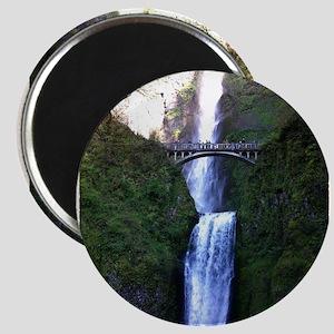 Multnomah falls, OR Magnet
