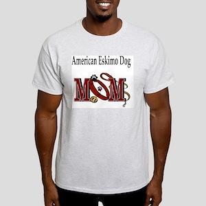 American Eskimo Mom Light T-Shirt