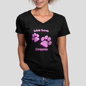 Live Love Groom Women's V-Neck Dark T-Shirt