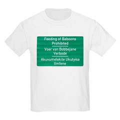 Don't feed the baboons! Kids T-Shirt