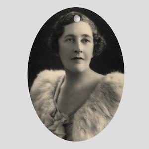 Agatha Cristie Oval Ornament