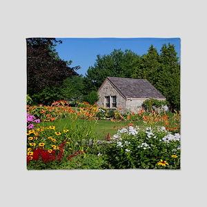 Country Garden Cottage Throw Blanket