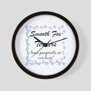 Smooth Fox Pawprint Wall Clock