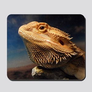 .young bearded dragon. Mousepad