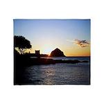 Hawaiian sunset scenes Throw Blanket