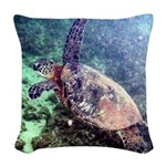 hawaiian green sea turtle Woven Throw Pillow