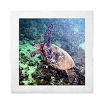 hawaiian green sea turtle Queen Duvet
