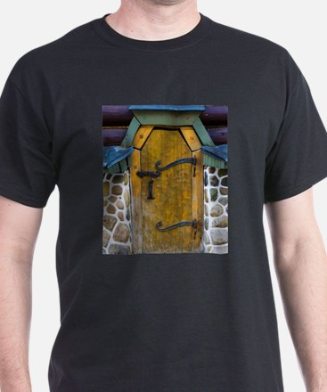 Old ancient wooden door vintage retro T-Shirt