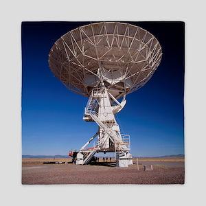 Very Large Array (VLA) radio antenna b Queen Duvet