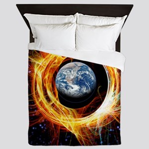 Earth's magnetic field protection Queen Duvet