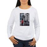Andy drops his camera Women's Long Sleeve T-Shirt