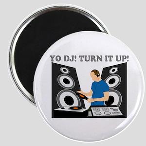 Yo DJ, Turn It Up Magnet