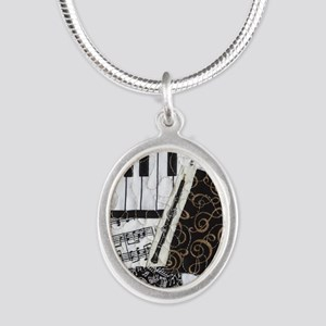 0505-sq-oboe Silver Oval Necklace