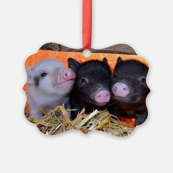 3 Little Pigs Ornament