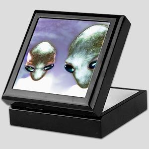 Alien heads Keepsake Box