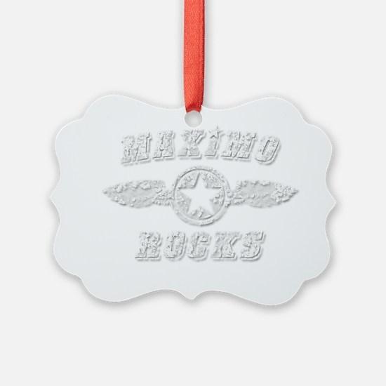 MAXIMO ROCKS Ornament