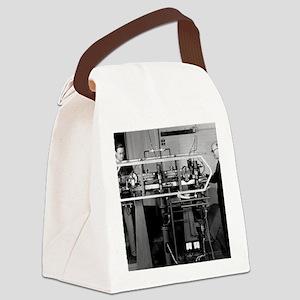 Caesium atomic clock, 1956 Canvas Lunch Bag