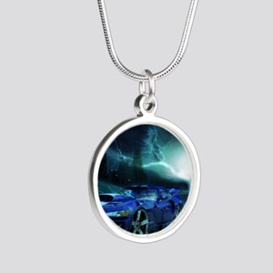 FASTER THAN LIGHTENING Silver Round Necklace
