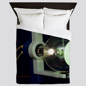 Crookes tube Queen Duvet