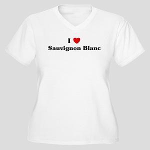 I love Sauvignon Blanc Women's Plus Size V-Neck T-