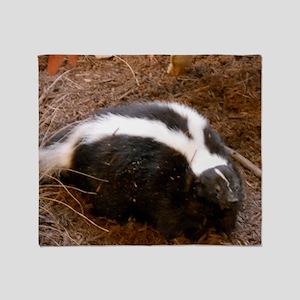 Friendly Little Skunk Throw Blanket