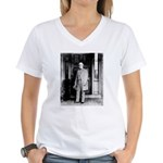 Lee portrait Women's V-Neck T-Shirt