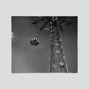 Coney Island Parachute Jump 1673054 Throw Blanket