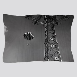 Coney Island Parachute Jump 1673054 Pillow Case