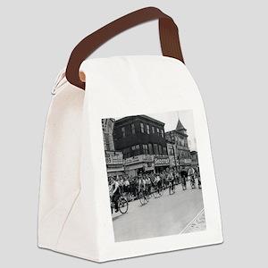 Coney Island Bicyclist 1826632 Canvas Lunch Bag