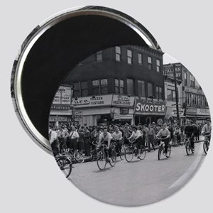 Coney Island Bicyclist 1826632 Magnet