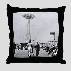 Coney Island Parachute Jump 1826579 Throw Pillow